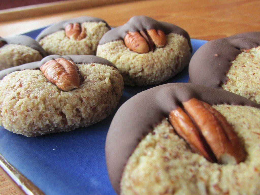Pecan Shortbread w/Chocolate